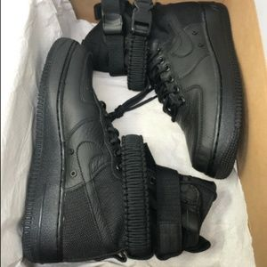 Nike Women's SF AF1  Shoe, 8.5 US